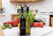 Royal Oil and Vinegar Bottle Set with Stainless Steel Rack